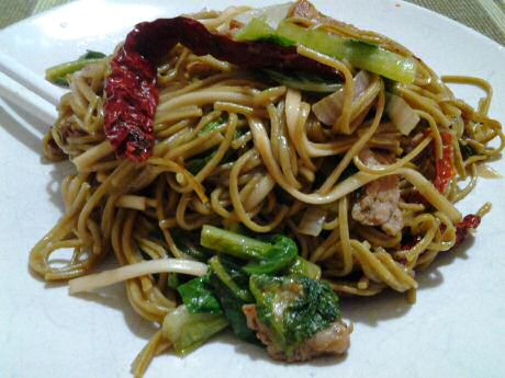 Delicious fried noodles: 38 mg cholesterol