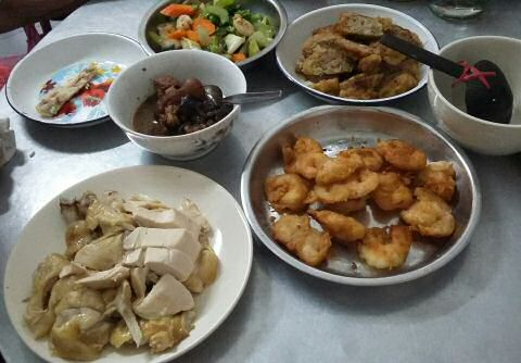 Chinese new year traditional food