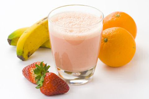Strawberry banana orange juice smoothie