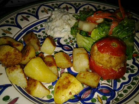 For dinner: fried potatoes with stuffed tomatoes, mixed salad and yogurt dip: 70 mg cholesterol
