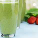 Spinach strawberry smoothie